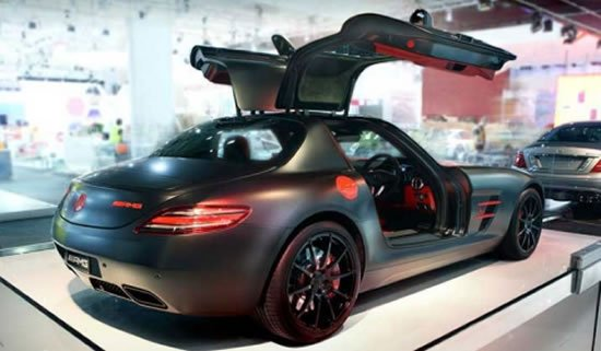 Mercedes-Benz-SLS-AMG-Night-Black-2