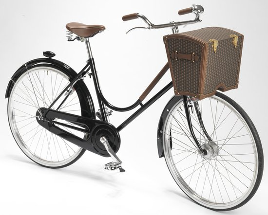 Moynat-Bicycle-main-thumb-550x442