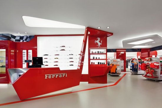 New-York-Ferrari-Store-3-thumb-550x366