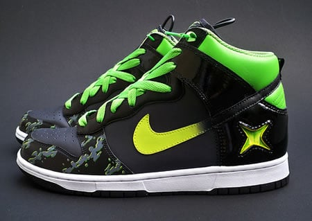 Nike_Xbox_Alpha_Dunks_Sneakers