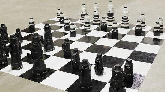 Nikon-and-Canon-Battled-on-a-Chess-Board-thumb-550x308