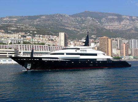 Oceanco_Alfa_Nero_superyacht-thumb-450x333