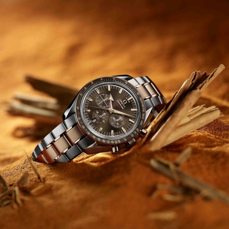 Omega_Speedmaster_Broad_Arrow-thumb-450x450