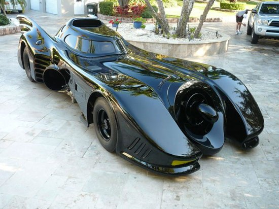 Original-Michael-Keaton-Batmobile-1-thumb-550x412