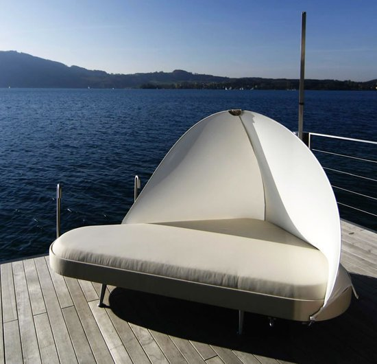 Outdoor-Lounge-Bed-thumb-550x530