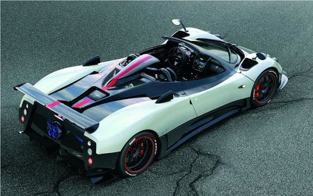 The Limited Edition Topless Pagani Zonda Cinque Roadster Is Amazing