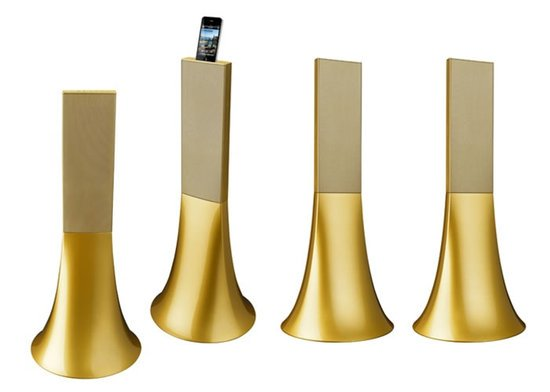 Philippe Starck designs the Ancient Gold Zikmu speakers for Parrot