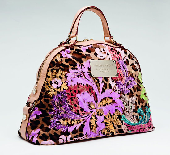 aa66da7c868 Leo floral decor - The new flavour of Philipp Plein's latest bag collection  -