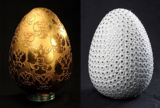 Porcelain Eggs With Gold Or Crystals By