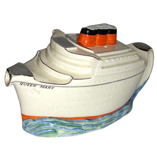 Queen-Mary-Maiden-Voyage-teapot-thumb-550x550