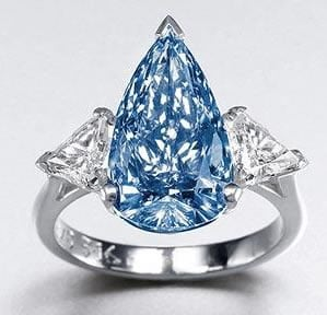 Rare-blue-De-Beers-diamond