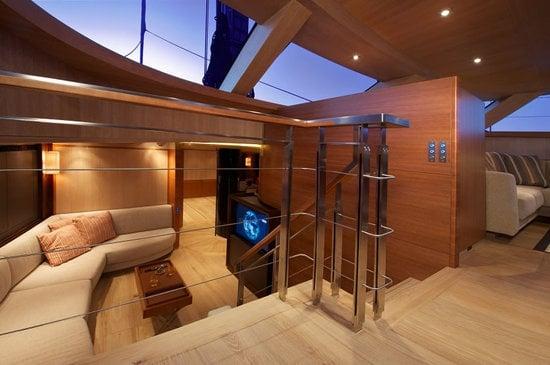 Sarissa-luxury-yacht-4-thumb-550x365