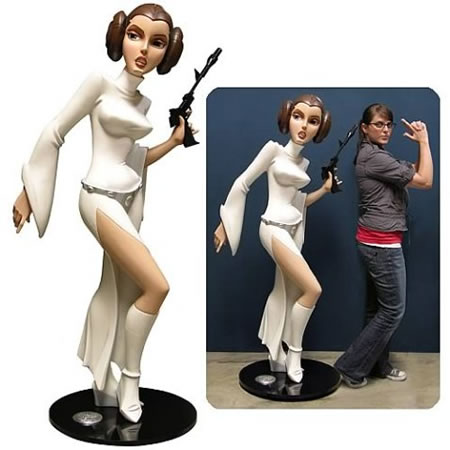 Star_Wars_Animated_Life_Size_Princess_Leia_Monument