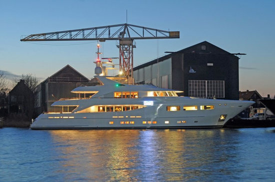 SuperbirD-superyacht-1-thumb-550x365