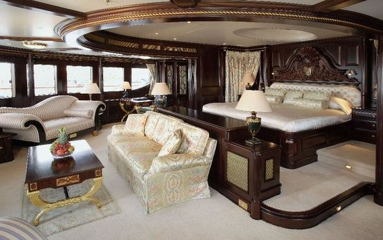 Superyacht-Reverie-2-thumb-550x345