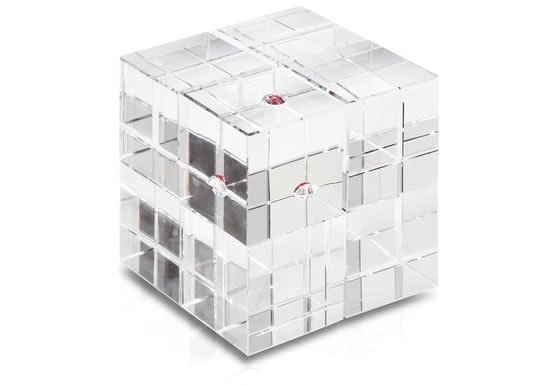 Swarovski-Crystal-Game-Cube