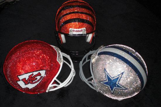 Swarovski_studded_NFL_helmets-thumb-550x366