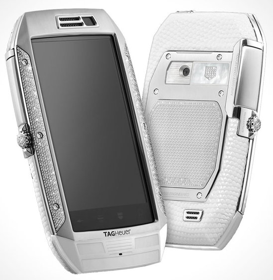 TAG-Heuer's-Full-Diamonds-White-Lizard-luxury-Smartphone-1-thumb-550x563