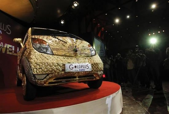Tata-Nano-Car-made-of-gold-1