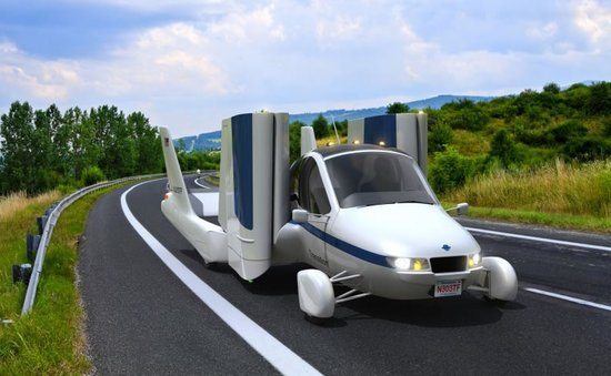 Terrafugia-flying-car-1-thumb-550x339