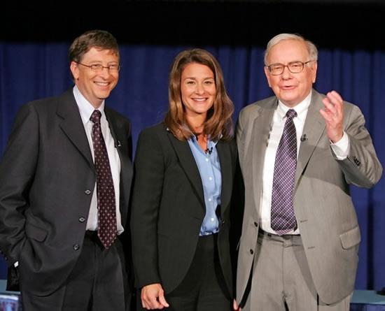 Warren-Buffett-with-Bill-and-Melinda-Gates
