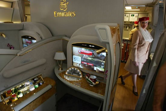 WiFi-Connectivity-on-Emirates-A380