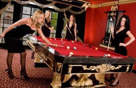 The American Federal Eagle Pool Table - Luxury billiards table
