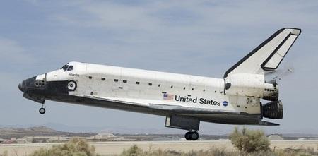 atlantis-NASA-space-shuttle-thumb-450x221