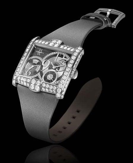 avenue_squared_timepiece_A2_1-thumb-450x547