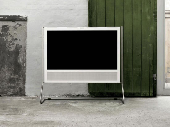 bang-and-olufsen-beoplay-v1-tv-1