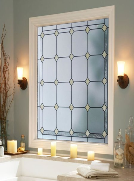 Sensible and stylish bathroom windows for Bathroom window treatments privacy
