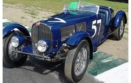 bugatti_vintage_car