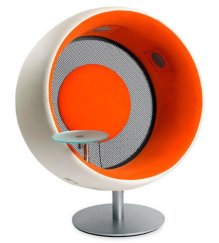 Sonic Chair Transports You To Musicland