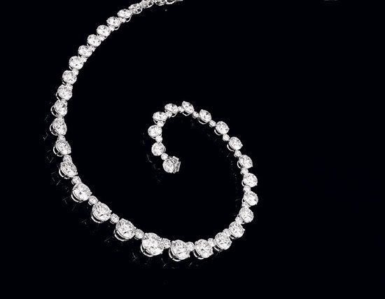 diamonds-necklace-Sothebys-thumb-550x427