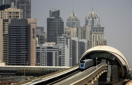 dubai_luxury_metro-thumb-450x291