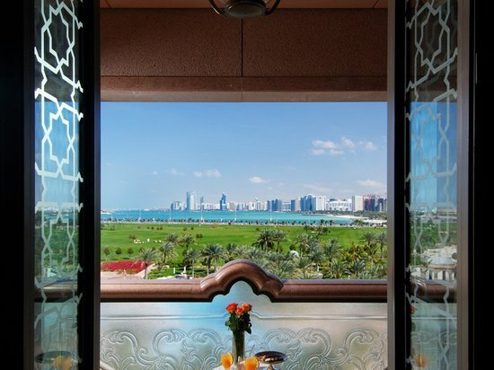 Palace Suite of Emirates Palace, Abu Dhabi is the best suite