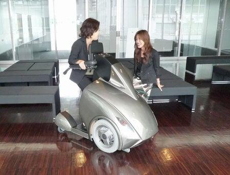 futuristic_wheelchair-thumb-450x343