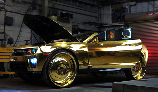 Camaro On 30 Inch Rims : Gold soaked king zl camaro rides on inch gilded wheels