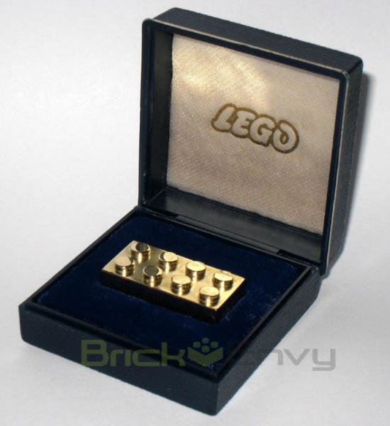 gold-lego-brick-1