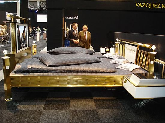 golden_bed_4-thumb-550x412