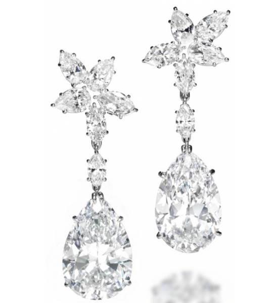 164c0254afaae Harry Winston diamond earrings expected to fetch $3.9 million -