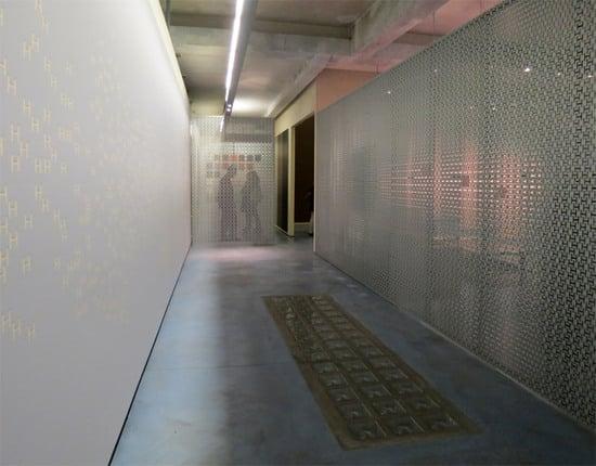 hermes-wallpaper-2-thumb-550x430