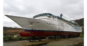 home-made-cruise-ship