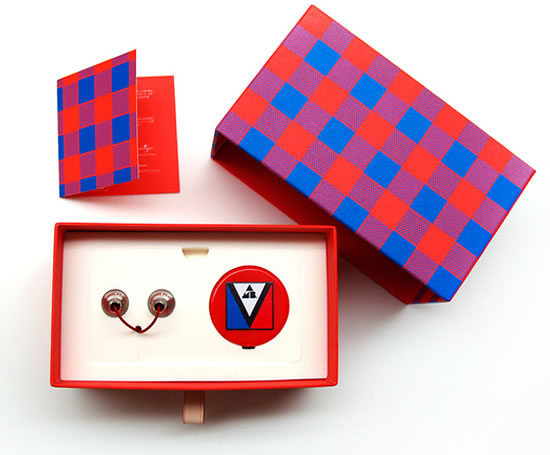 louis-vuitton-playbutton-main