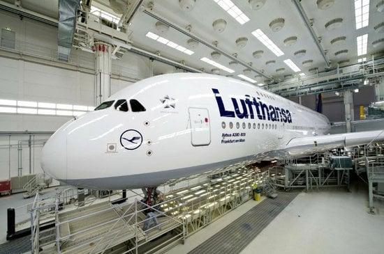 lufthansa_A380_cabins-thumb-550x365