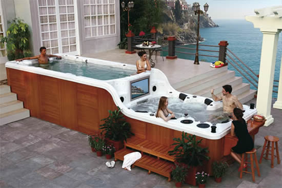 Jacuzzi luxema with bar, tv and sound system