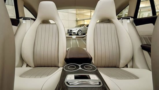 mercedes_benz_shooting_break_concept_interior