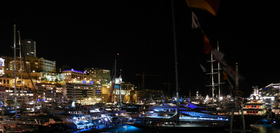monaco-Yacht-show-night-thumb-550x261