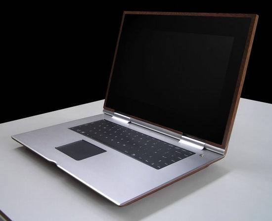 munk-bogballe-bespoke-luxury-laptop-1-thumb-550x447