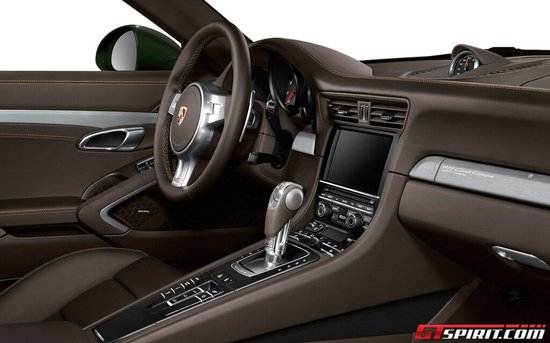 official-porsche-911-club-coupe-4-thumb-550x343